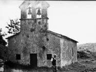 Romanička crkva sv. Jakova 1978. godine, Bačva. (fn. 16197) Iz arhive Arheološkog muzeja Istre