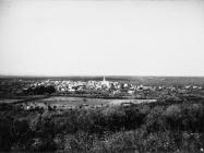 Pogled na Bale s brda Sveti Mihovil istočno od Bala 1972. godine, Bale. (fn. 11603) Iz arhive Arheološkog muzeja Istre