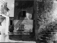 Detalj iz sela 1990. godine, Boljun. (inv. neg. 23572). Iz arhive Arheološkog muzeja Istre