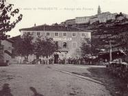 Pogled na Buzet i hotel Albergo alla fontana 20-ih godina XX. st., Buzet. Iz arhive Zavičajnog muzeja Buzeta.