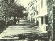 Ulice Buzeta 20-ih godina XX. st., Buzet. Iz arhive Zavičajnog muzeja Buzeta.