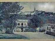 Pogled na Buzet i hotel Albergo alla Fontana između dva svjetska rata, Buzet. Iz arhive Zavičajnog muzeja u Buzetu