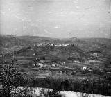 Pogled na Buzet s jugoistoka početkom 60-ih godina, Buzet. (fn. 5825) Iz arhive Arheološkog muzeja Istre