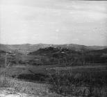 Pogled na Buzet sa zapada početkom 60-ih godina, Buzet. (fn. 5826) Iz arhive Arheološkog muzeja Istre