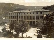 Zadružni dom u Buzetu poslije Drugog svjetskog rata, Buzet. Iz arhive Zavičajnog muzeja u Buzetu
