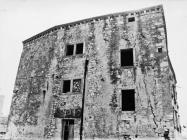 Palača Giocondo-Petris 1986. godine, Galižana. (fn. 387) Iz arhive Arheološkog muzeja Istre