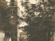 Crkva Sv. Vida, Modesta i Krešencije u Grožnjanu oko 1930. godine. Grožnjan. Iz arhiva Zavičajnog muzeja u Buzetu