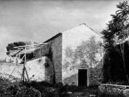 Pročelje crkve sv. Mihovila 1972. godine, Sveti Mihovil na Limu. (fn. 11804) Iz arhive Arheološkog muzeja Istre
