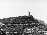 Kula Turan 6. svibnja 1992. godine neposredno pred eksplozijom, Koromačno. (fn. 25954) Iz arhive Arheološkog muzeja Istre