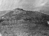 Pogled na grad početkom 50-ih godina, Motovun. (fn. 1166) Iz arhive Arheološkog muzeja Istre