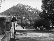 Pogled na grad sredinom 50-ih godina, Motovun. (fn. 4198) Iz arhive Arheološkog muzeja Istre