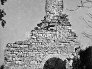Crkva sv. Jakova kod Cukona 1957. godine, Mutvoran. (fn. 4252) Iz arhive Arheološkog muzeja Istre