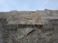 Gradska vrata, grbovi, Mutvoran. Autor: Aldo Šuran (2009.)