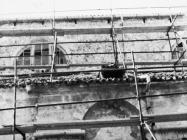 Radovi na sjevernom zidu  župne crkve sv. Pelagija i sv. Maksima u Novigradu 1972. godine. Novigrad (fn. 11842b)  Iz arhive Arheološkog muzeja Istre