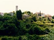 Pogled na Oprtalj sa sjeverozapada 90.-ih godina. Oprtalj (fn. 35634.) Iz arhive Arheološkog muzeja Istre