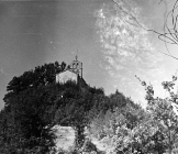Pogled na crkvu Svetog Vida sredinom 50-ih godina, Paz. (fn. 3936) Iz arhive Arheološkog muzeja Istre