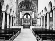 Unutrašnjost Eufrazijeve Bazilike u drugoj polovici 60. godina, Poreč. (fp. 8367) Iz arhive Arheološkog muzeja Istre