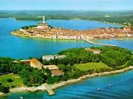 Zračni snimak Rovinja i otoka Sveta Katarina, Rovinj. (fn. 8347) Iz arhive Arheološkog muzeja Istre