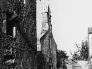 Pogled na pročelje crkve Svetog Trojstva 1956. godine, Šišan. (fn. 3999) Iz arhive Arheološkog muzeja Istre