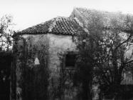 Apsida crkve Svete Margarete krajem 70-ih godina, Štinjan. (fn. 17943) Iz arhive Arheološkog muzeja Istre