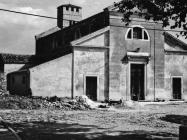 Pročelje crkve sv. Martina početkom 80-ih godina, Sveti Lovreč. (fn. 19064) Iz arhive Arheološkog muzeja Istre