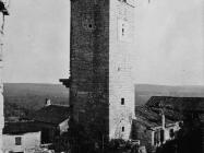 Zvonik sredinom 80-ih godina, Sveti Lovreč. (fn. 19081) Iz arhive Arheološkog muzeja Istre