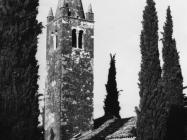 Crkva sv. Lovre na Lovrečkom groblju sredinom 60-ih godina, Sveti Lovreč. (bn. 7532) Iz arhive Arheološkog muzeja Istre