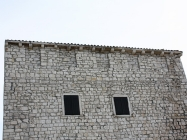 Obrambena kula sagrađena krajem 14. stoljeća. Umag. Autor: Aldo Šuran (2010.)