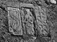 Predromaničke spolije 1952. godine, Vodnjan. (fn. 1781) Iz arhive Arheološkog muzeja Istre