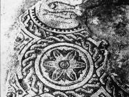 Mozaik u bazilici sv. Marije u Vrsaru 1970. godine, Vrsar. (bn. 10842) Iz arhive Arheološkog muzeja Istre