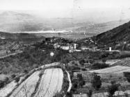 Pogled na Završje sa sjeverne strane, Završje. (bn. 6034.) Iz arhive Arheološkog muzeja Istre