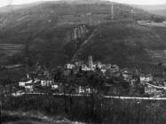 Pogled na Završje sa sv. Križa početkom 60-ih godina. Završje (bn. 6017.) Iz arhive Arheološkog muzeja Istre