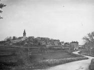 Pogled na Žminj sa zapada, Žminj. (bn. 2691c) Iz arhive Arheološkog muzeja Istre