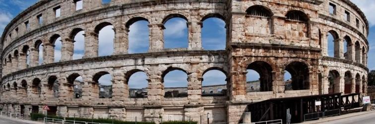 "Izložba ""Amphitheatrum Polae 2015″ u Puli"