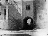 Detalj iz sela 1990. godine, Boljun. (inv. neg. 23573). Iz arhive Arheološkog muzeja Istre