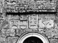 Romaničke spolije na crkvi Svete Marije u Božjem polju početkom 60-ih godina, Božje polje. (bn. 6616) Iz arhive Arheološkog muzeja Istre