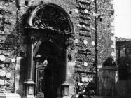 Pročelje crkve sv. Servula snimljeno 50-ih godina, Buje. Iz arhive Arheološkog muzeja Istre
