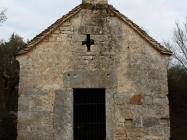 Pročelje. Crkva Svetog Mihovila/arheološko nalazište Banjole. Autor: Aldo Šuran (2010.)