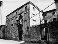 Kuća Leonardelli 1986. godine, Galižana. (fn. 388) Iz arhive Arheološkog muzeja Istre