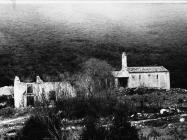 Pogled na crkvu sv. Ivana glavosijeka 1991. godine, Koromačno. (fn. 24895) Iz arhive Arheološkog muzeja Istre