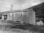 Romanička crkva sv. Ivana glavosijeka početkom 50-ih godina, Koromačno. (fn. 769) Iz arhive Arheološkog muzeja Istre