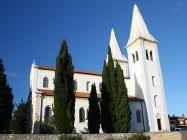 Crkva Svete Agneze, izgrađena 1894.godine, Medulin. Autor: Milan Radošević (2010.)
