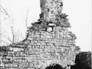 Crkva sv. Jakova kod Cukona sredinom 80-ih godina, Mutvoran. (fn. 19651) Iz arhive Arheološkog muzeja Istre