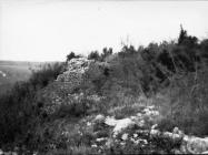 Južni bedemi kule (Sv. Juraj), Nova Vas kod Brtonigle. Iz arhive Arheološkog muzeja Istre