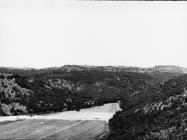 Pogled na Baredine i Podbaredine i na Gradinu iznad doline Valeron krajem 80-ih godina, Nova Vas kod Brtonigle. (bn. 23435.) Iz arhive AMI