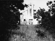 Pogled na crkvu sv. Lovreča u Pavićima kod Novigrada sredinom 70-ih godina. Novigrad (fn. 14627.) Iz arhive Arheološkog muzeja Istre