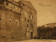 Pazinski kaštel oko 1910-e. Izvor: grad-pazin.net