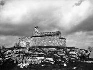 Crkva Svetog Mihovila 1972. godine, Pićan. (fn. 11564) Iz arhive Arheološkog muzeja Istre