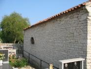 Grobljanska crkva Svetog Flora, Pomer. Autor: Aldo Šuran (2007.)