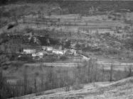 Pogled na selo Kosići iznad Ročkog polja početkom 60-ih godina, Roč. (fn. 5321) Iz arhive Arheološkog muzeja Istre